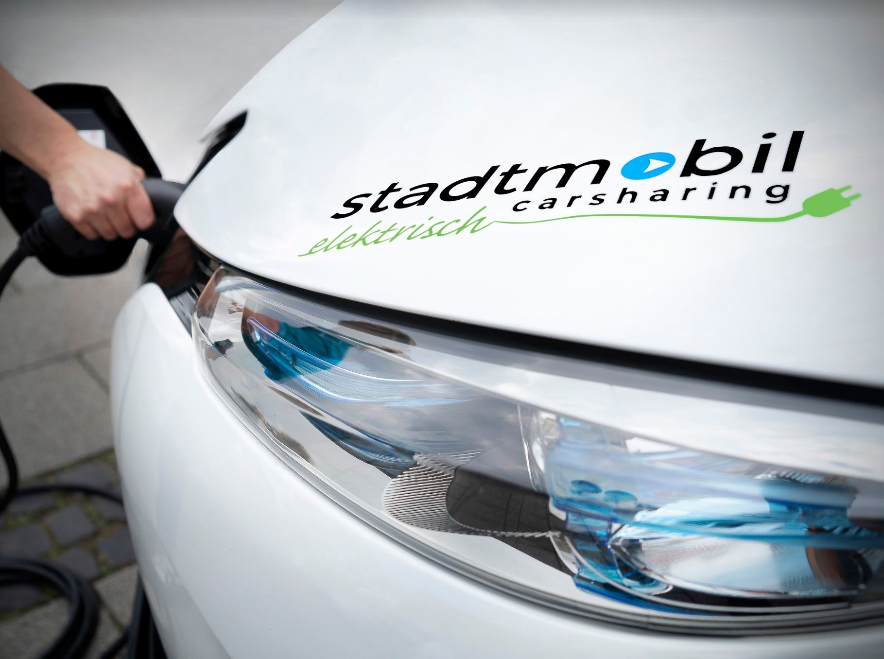 Pilotprojekt in Empelde - Elektroauto von stadtmobil Hannover